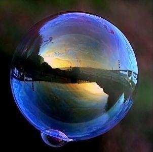 604px-Ggb_in_soap_bubble_1