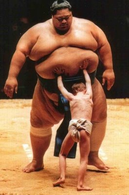 size-matters-sumo-wrestle2